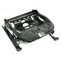 RH Front Seat Track Base Frame 05-10 VW Jetta Rabbit Golf MK5 - 1K4 881 106 MM