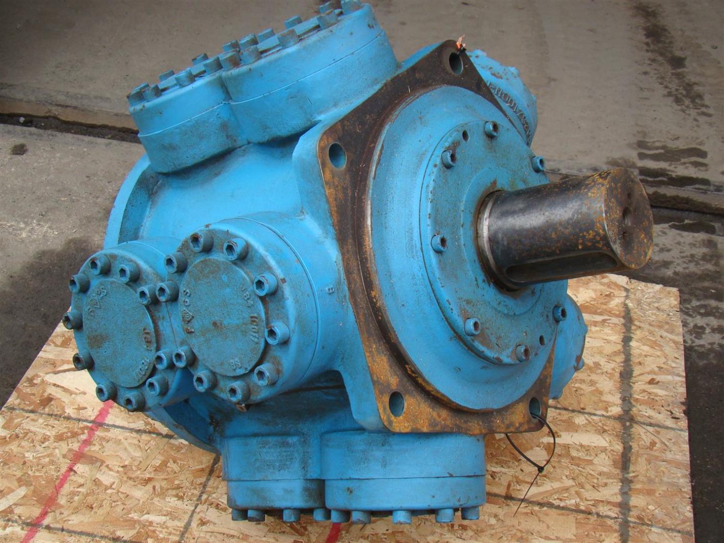 Rotary Power Hydraulic Radial Piston Motor 4 1 2 Shaft 60