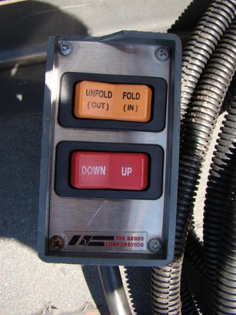 Braun™ NL-2 Millennium-2 Series™ Wheelchair Lift ...