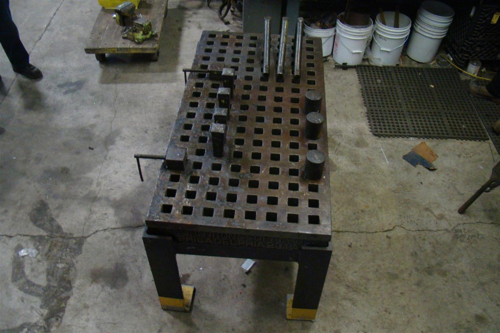 acorn welding platen layout table 60