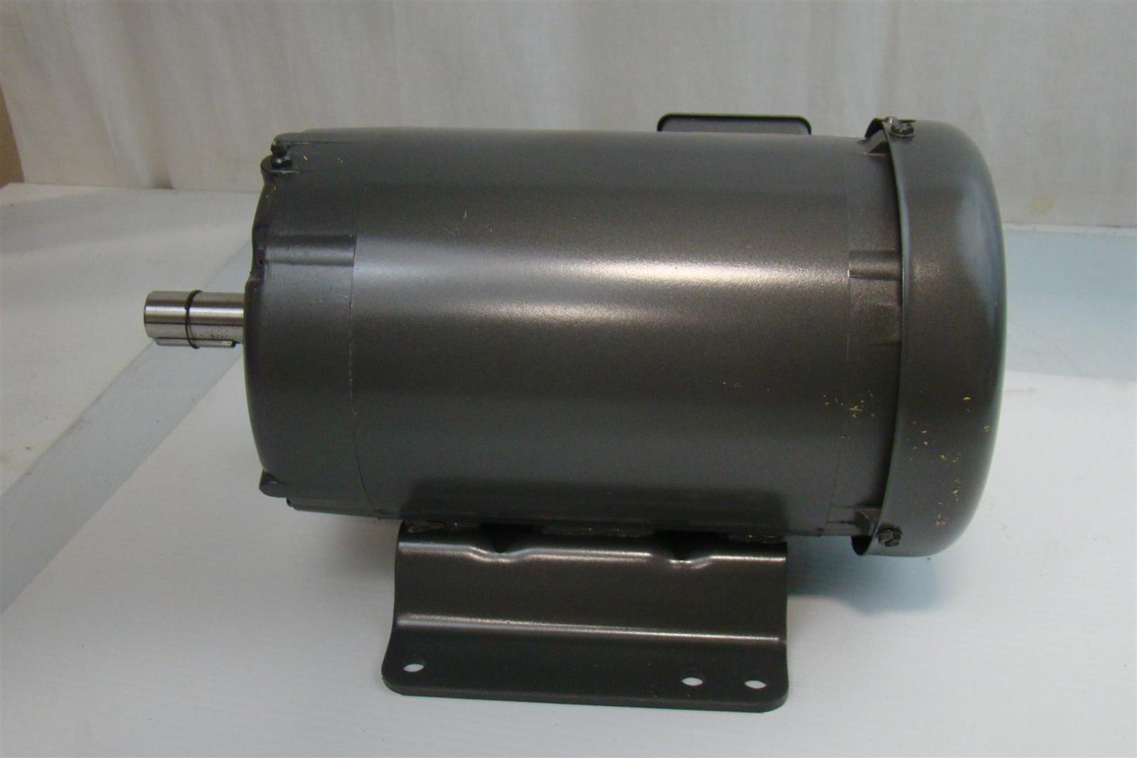 Baldor Electric Standard Efficient Industrial Motor 208