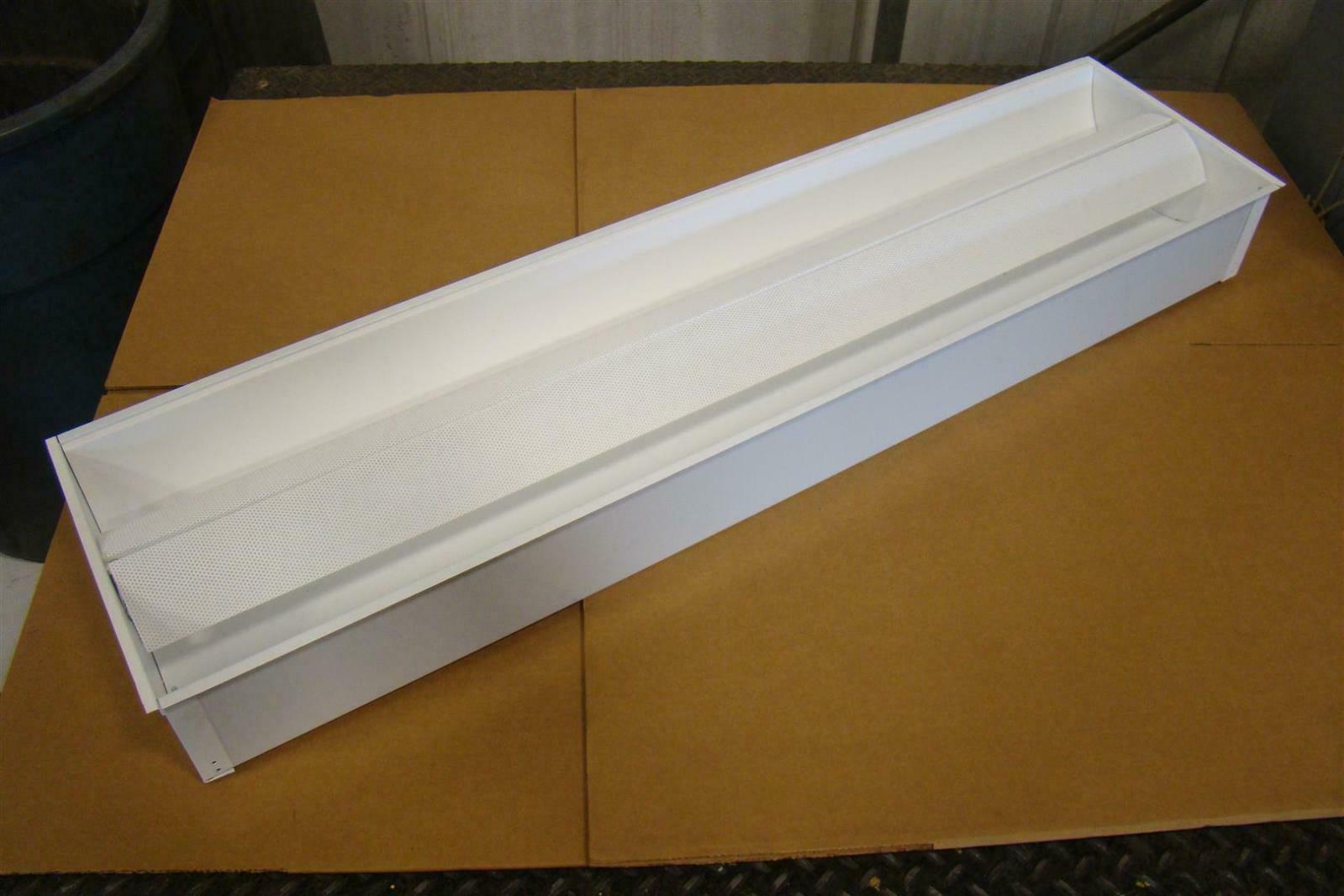cfi fluorescent t8 light fixture 4 39 277v qvs1gpf0s232277s0 joseph. Black Bedroom Furniture Sets. Home Design Ideas