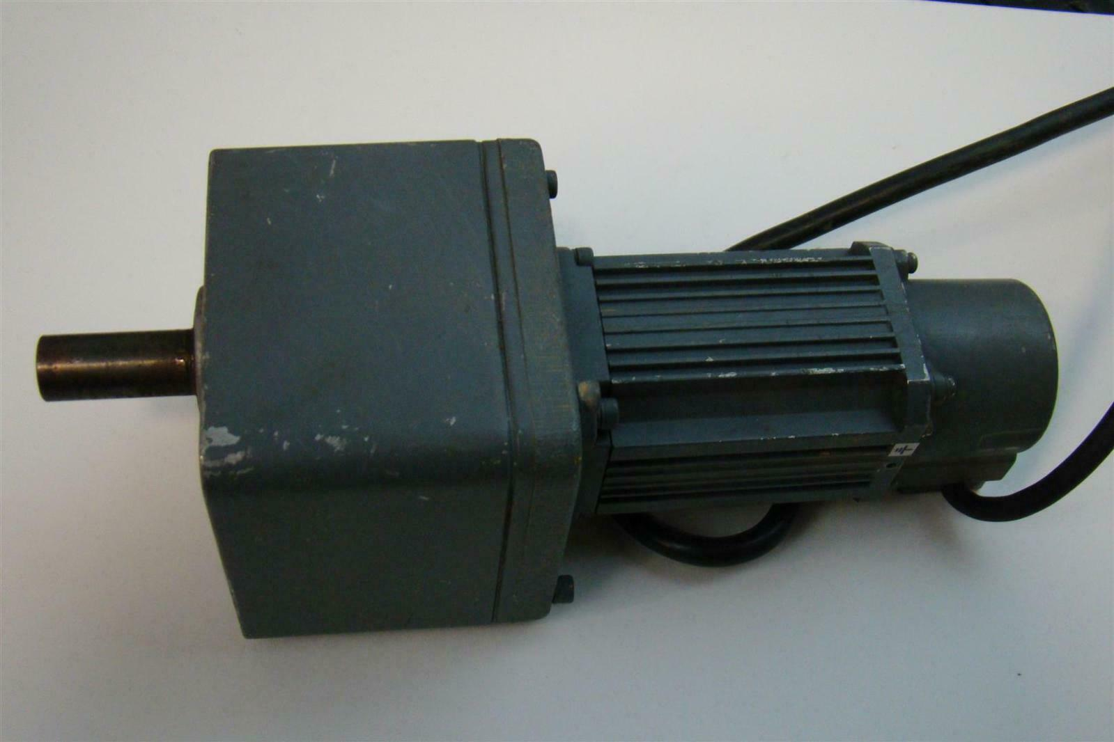 Mitsubishi Ac Servo Motor 3ac 89v 1 1a 100w Ha Ff13g1