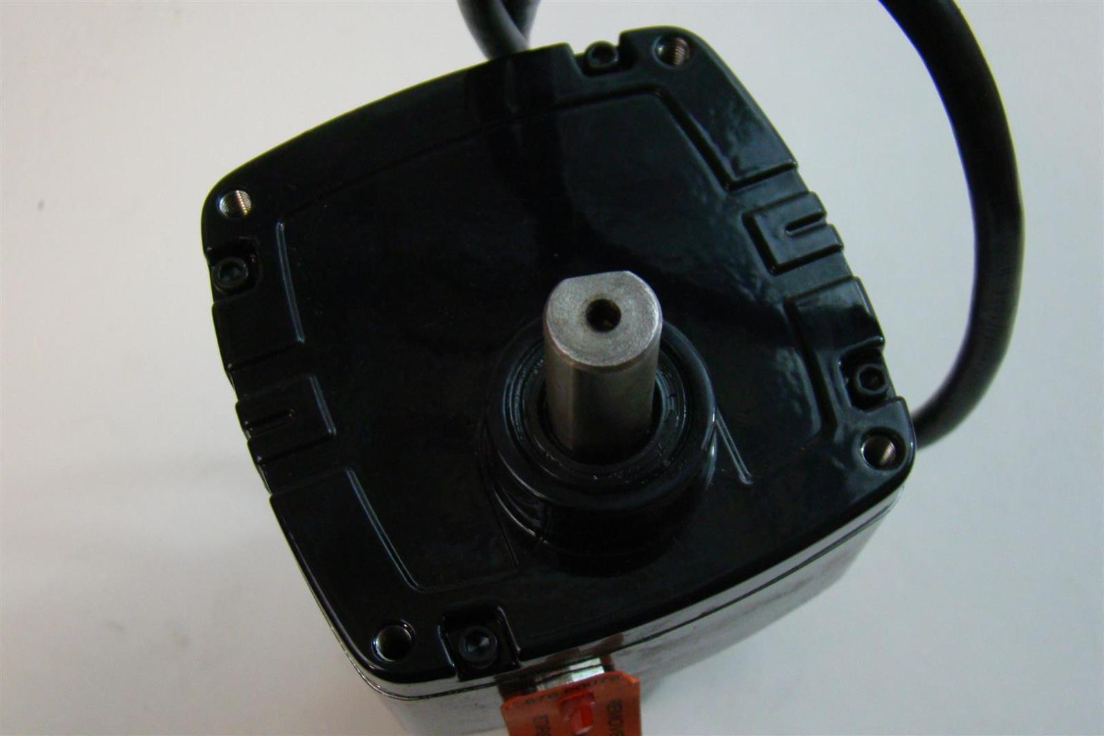 Bodine Electric Company Gearmotor 130v 0 3amps 1 29hp