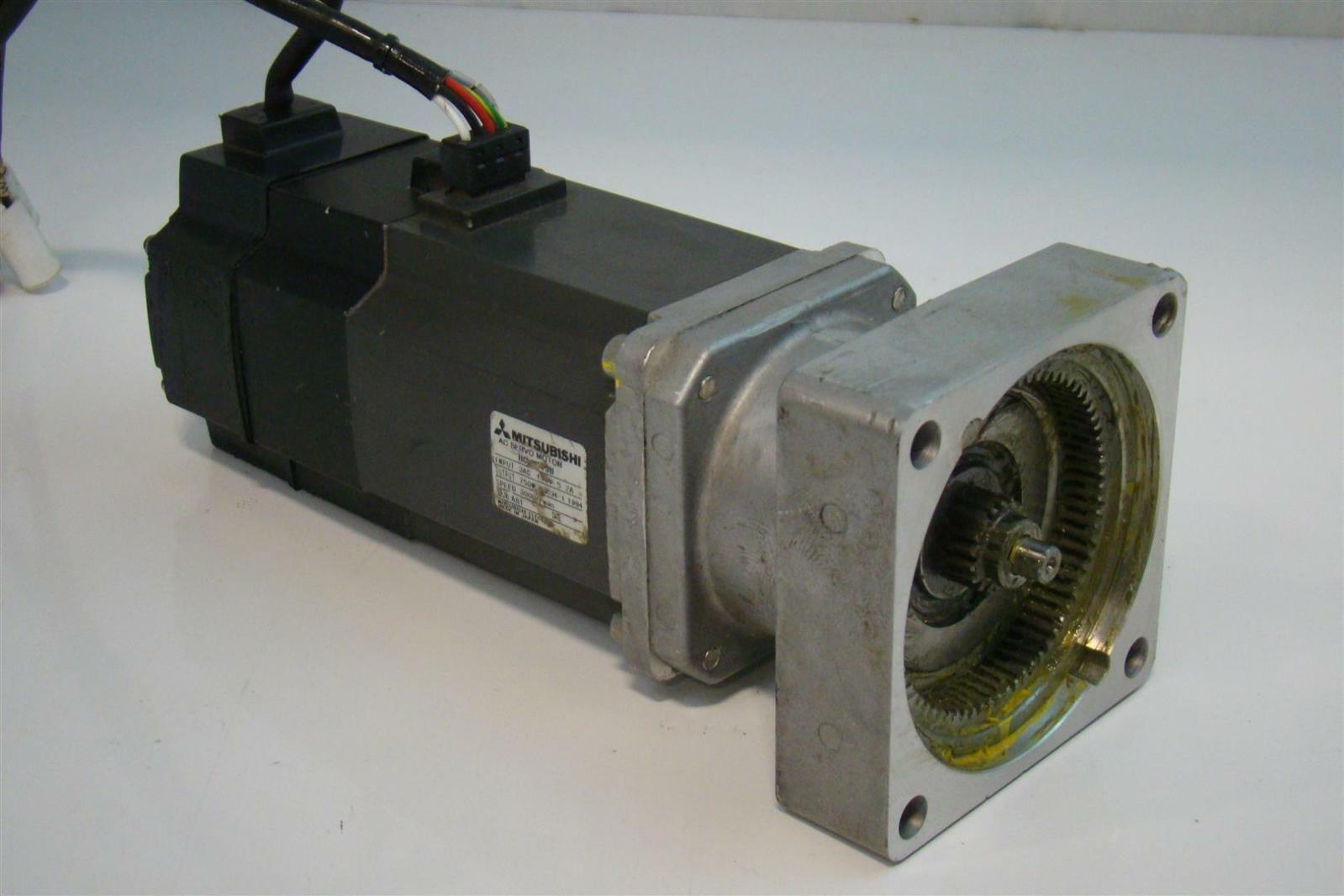 Mitsubishi Ac Servo Motor 3ac 2a 750w 3000r Min A81