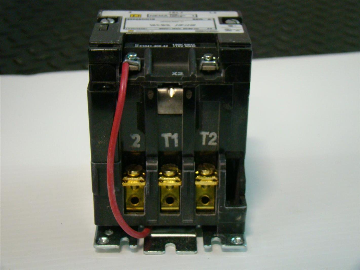 Control Wiring Diagram Of 3 Phase Motor : Motor starter wiring v coil real wiring diagram u