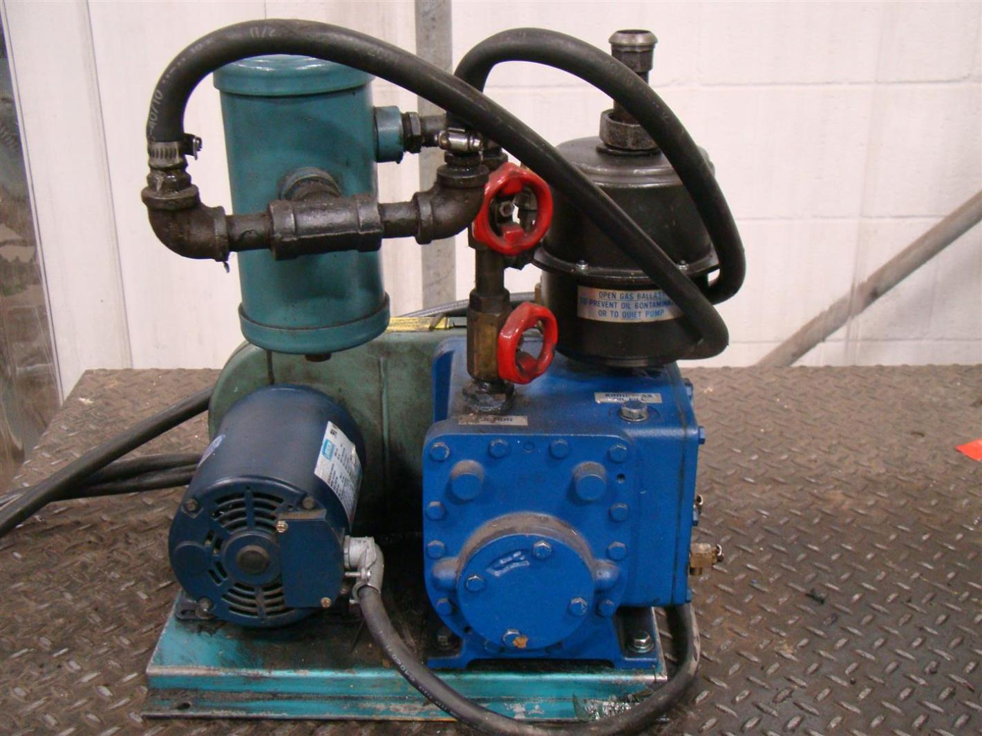 Tuthill Blower Systems : Tuthill vacuum systems kinney high pump kc