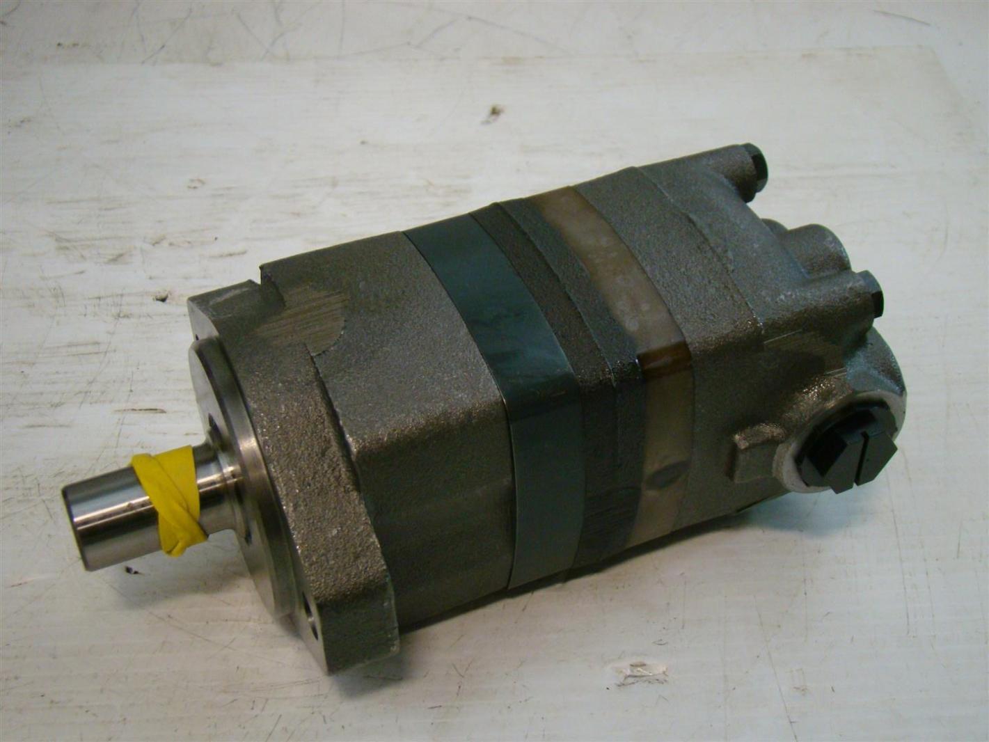 Char Lynn Eaton Hydraulic Geroler Disc Valve Motor 7655