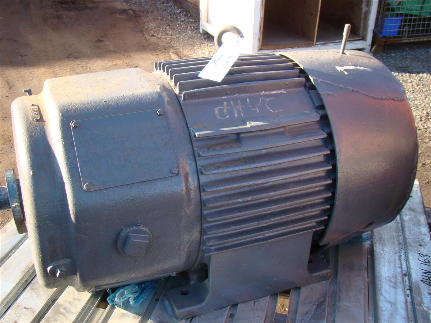 General Electric Induction Motor 30hp 3ph 460v 46amps