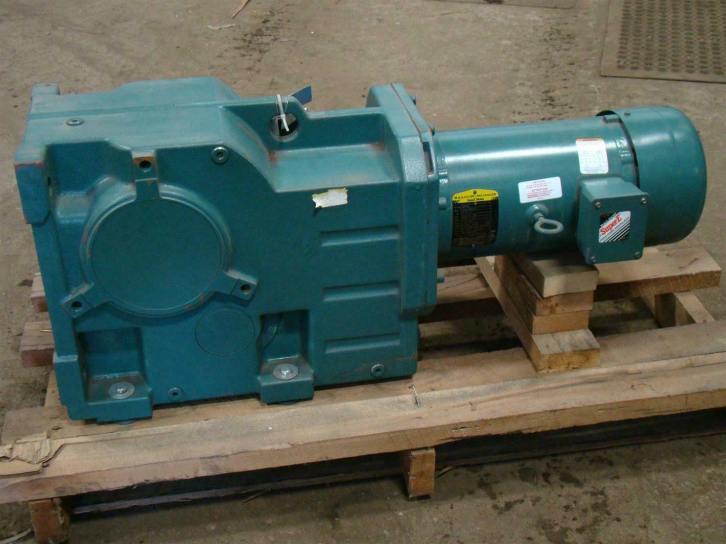 Baldor reliancer supere gear motor 5 hp 10 1 208 230 460v for Baldor reliance motor parts