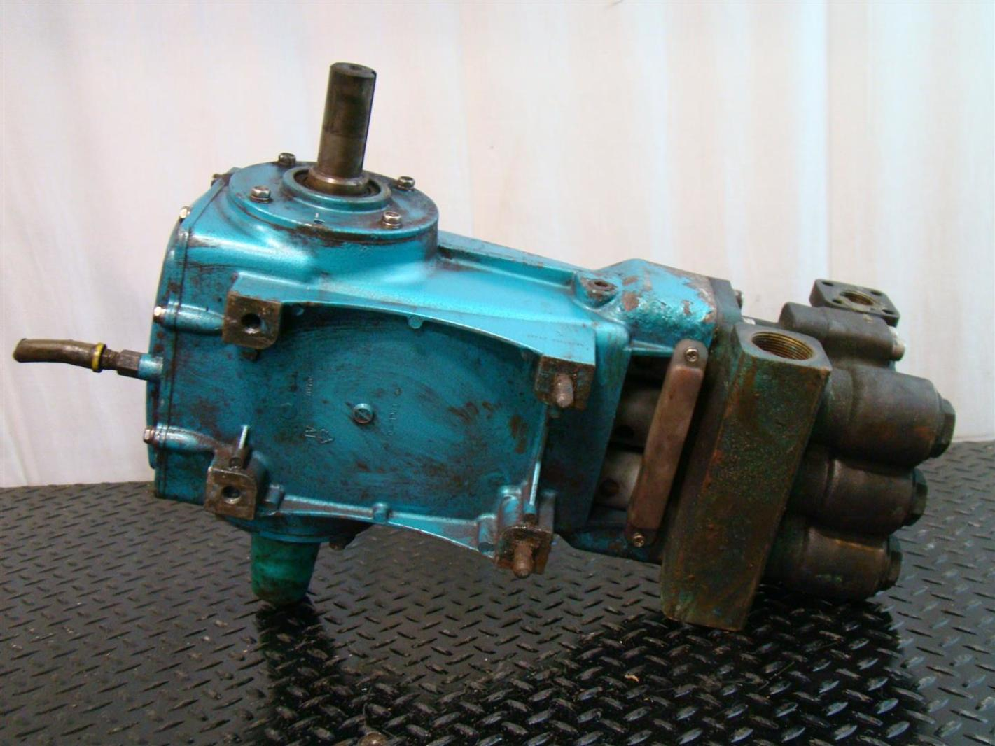 High Pressure Piston Pump : Cat high pressure plunger pump hs gpm psi