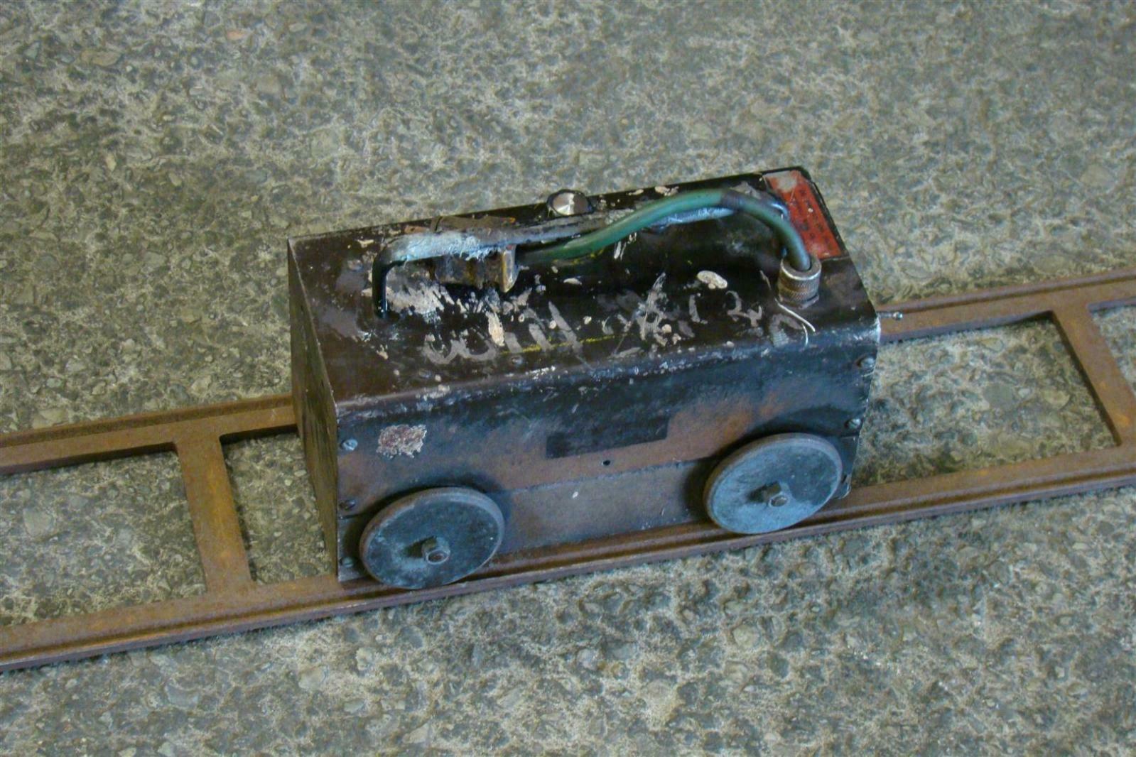 track welding machine