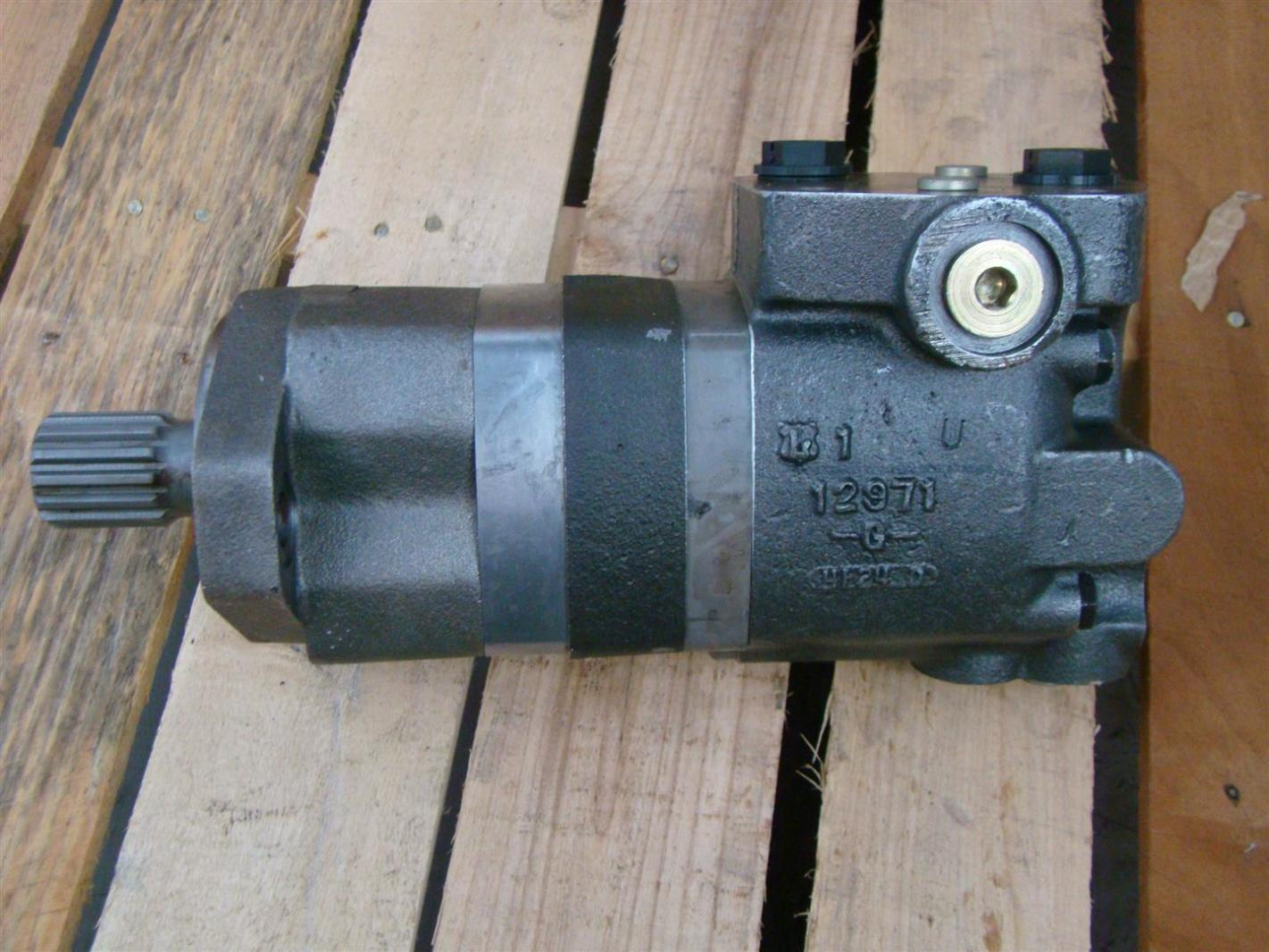 Char lynn hydraulic motor shaft 26004 joseph for Char lynn motor distributors