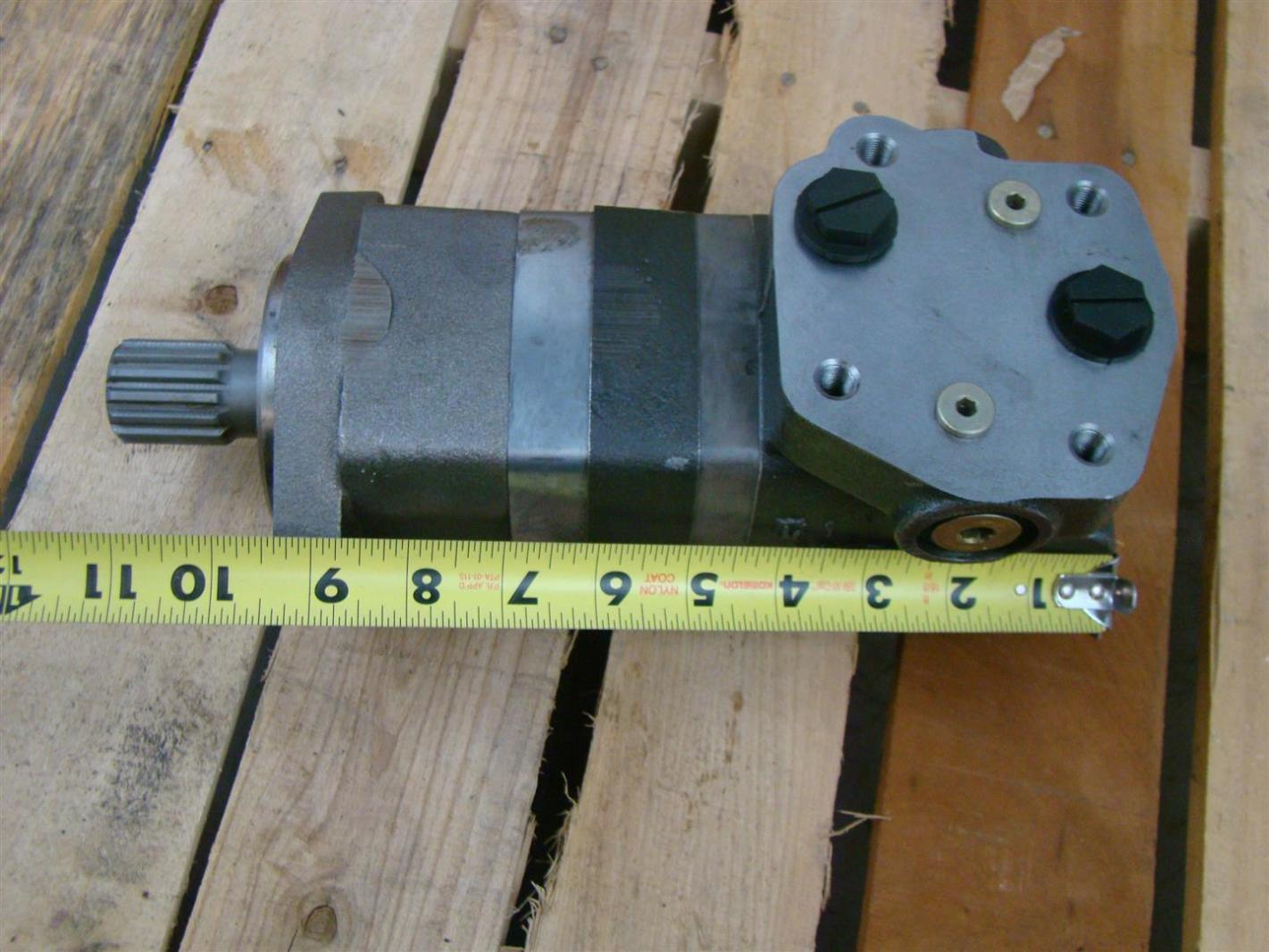 Char Lynn Hydraulic Motor Shaft 26004 Joseph