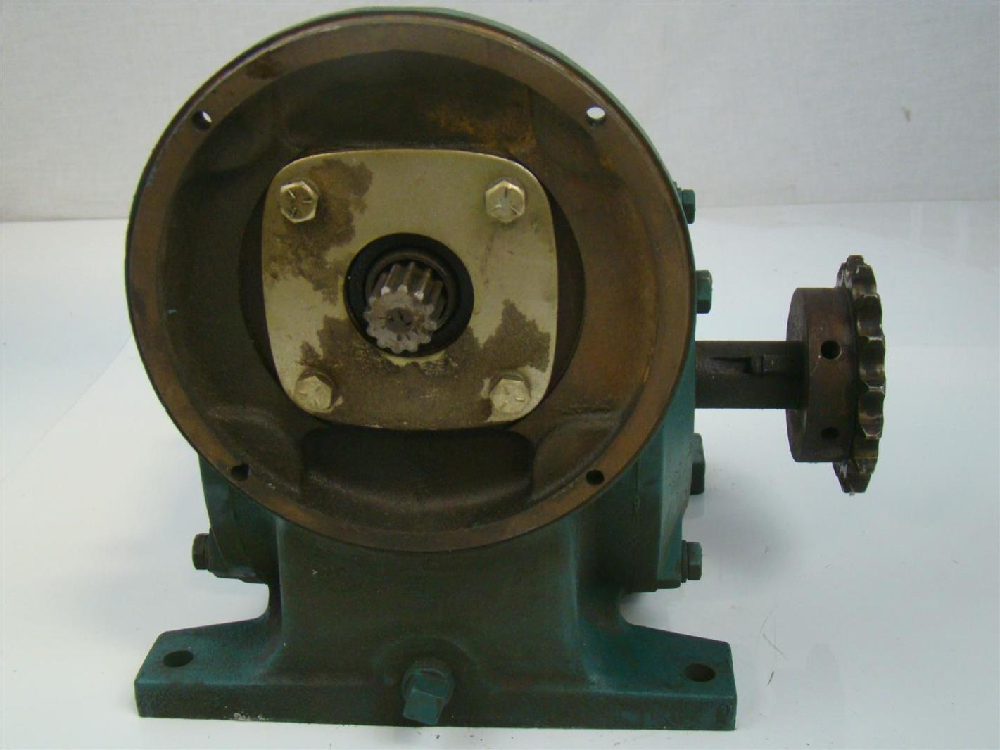 Reliance Electric Master Right Angle Gear Reducer 3 4hp