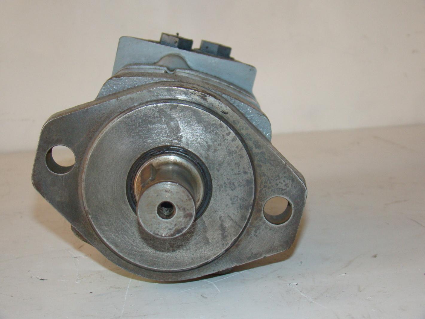 Jf01654 char lynn 2000 series hydraulic motor 104 1001 006 for Char lynn 6000 series motor specs