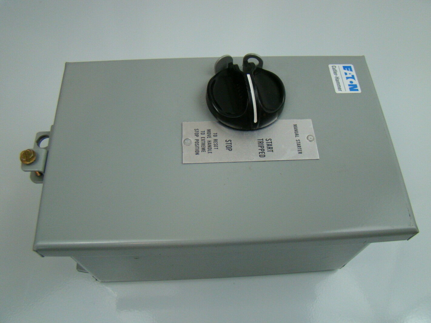 Eaton 3ph Enclosed Manual Motor Starter B100j1c Joseph