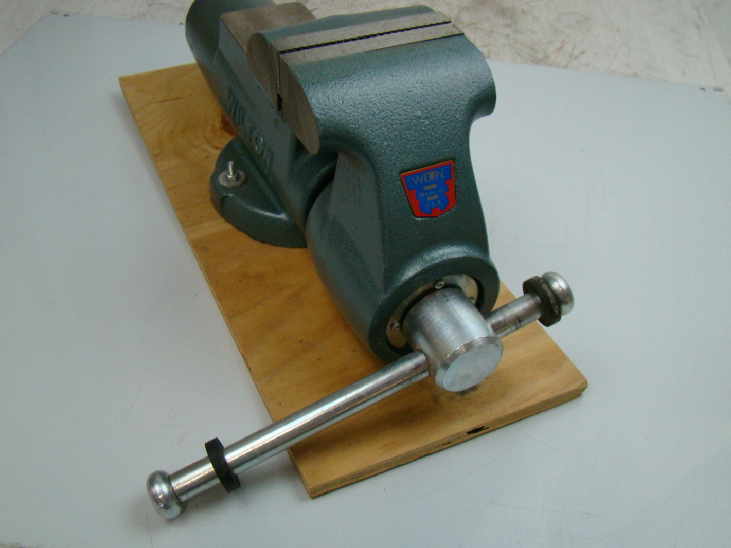 Wilton 5 Jaws Stationary Base Bench Vise Model 500n