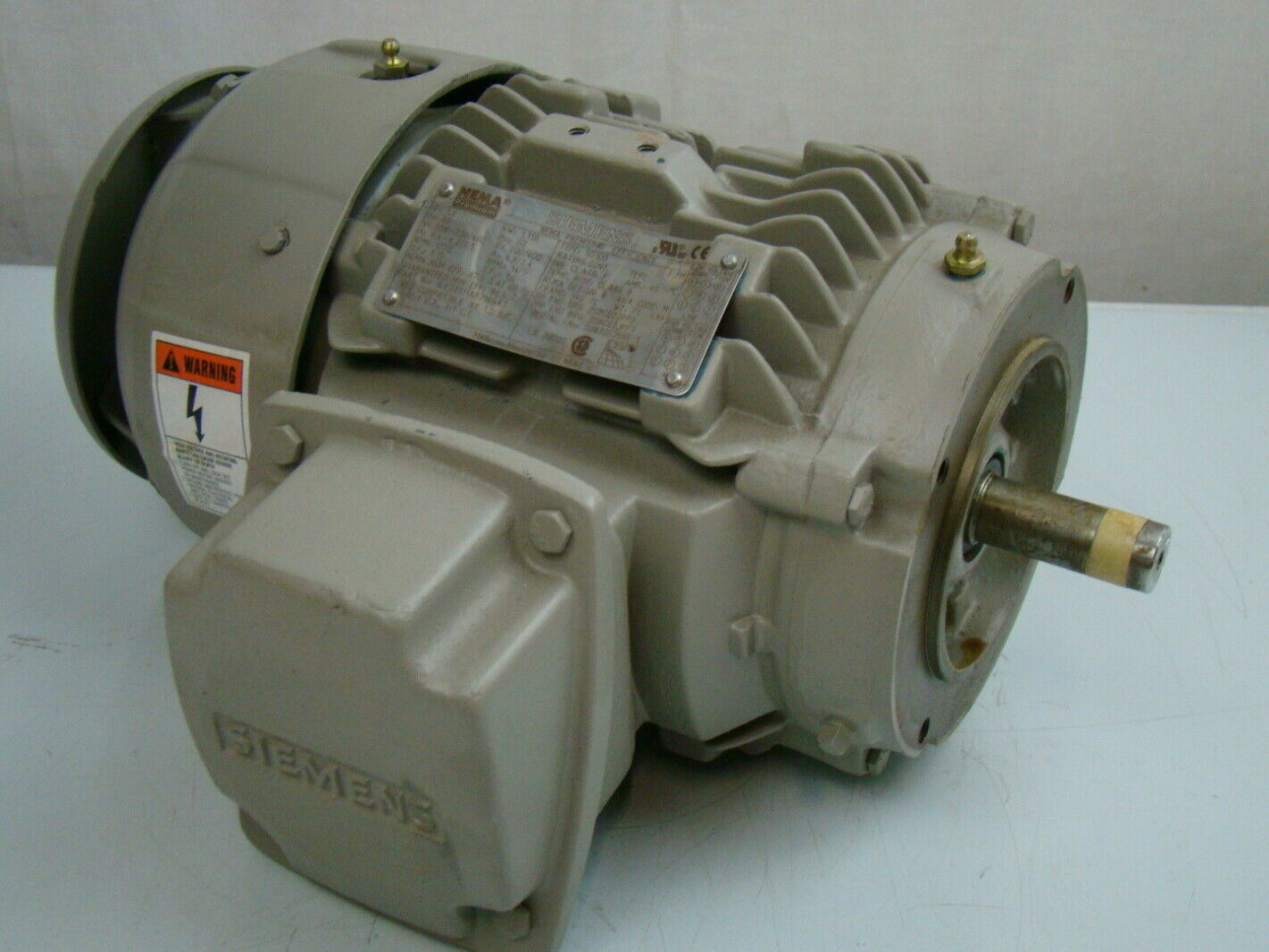 Siemens 1 5 Hp 1770 Rpm Electric Motor 1le23111ab314ga3