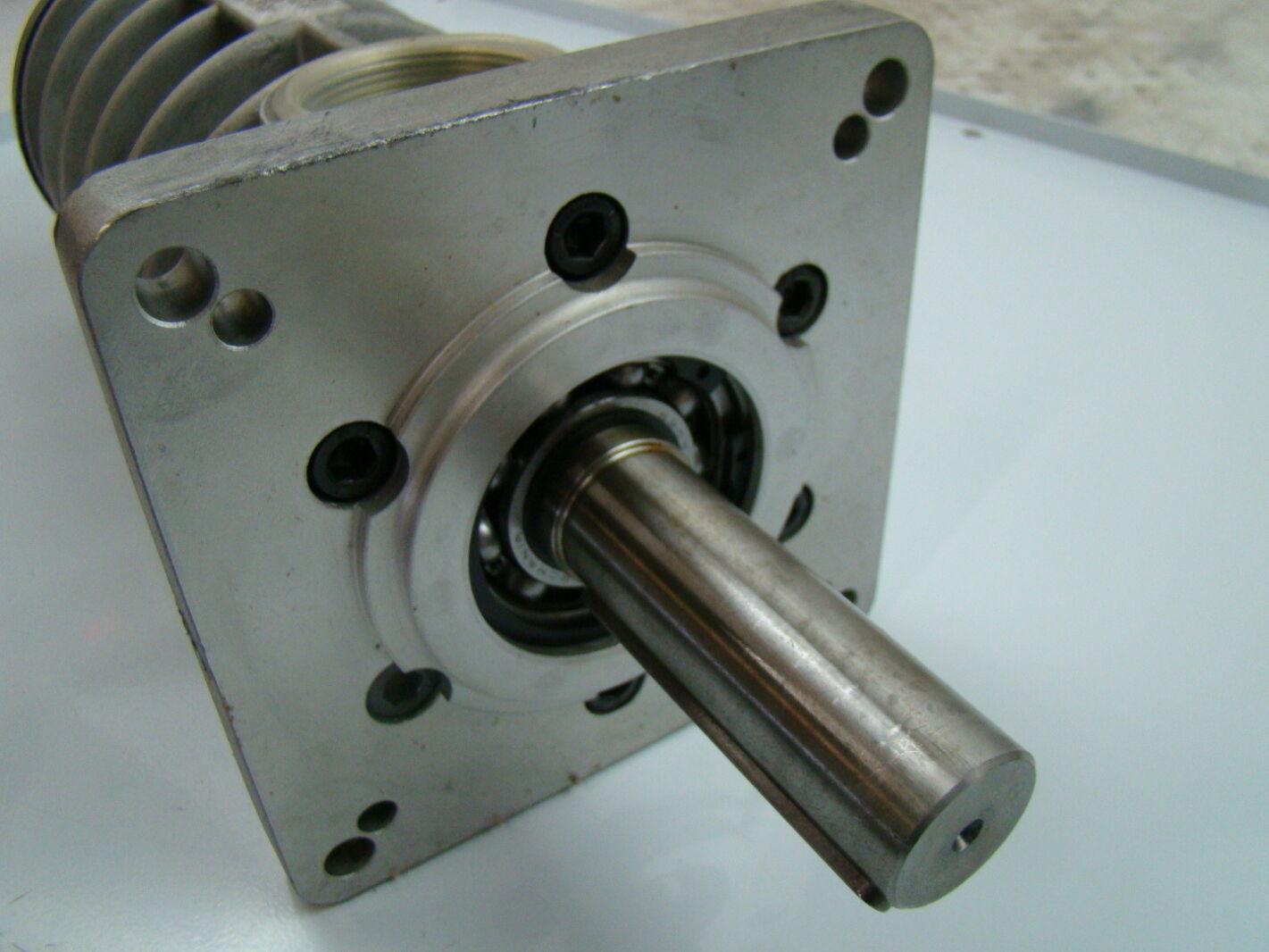 Settima meccanica smu series submersible hydraulic screw for Submersible hydraulic pump motor