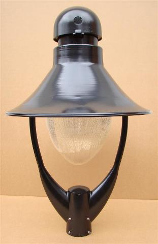 Holophane GlasWerks II Street Light, Yoke Mount, Post Light, 120v YP100HP124BS9A