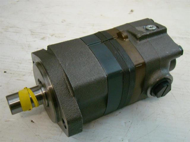 Char Lynn Eaton Hydraulic Geroler Disc Valve Motor S08713