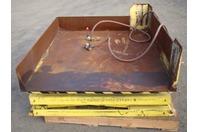 "Scott Pneumatic Lift/Tilt Table 57""x50"" 3000lbs MAX"