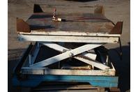 """Pneumatic Lift Table 57""""x51"""" Swivel Deck 4000lbs MAX"""