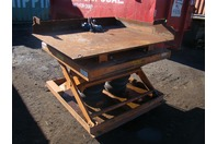 Airfloat 3000LB. Pneumatic Lift Table 3120090 L4-316