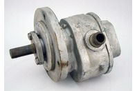 "Hydraulic Pump - 1 3/8"" L X .61"" D Shaft , 1/2"" Inlet/Outlet Port , Bs #2"