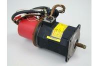 Fanuc AC Servo Motor 3PH 8 Poles 3000rpm 2.2A A06B-0310-B251 2-0S
