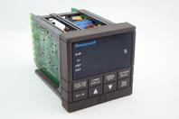 Honeywell Temperature Controller DC330B-EE-0B0-22-0A0000-00-0