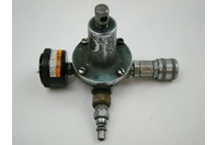 Pneumatic Regulator with Quick Connects & Gauge 5/8 -24 ""