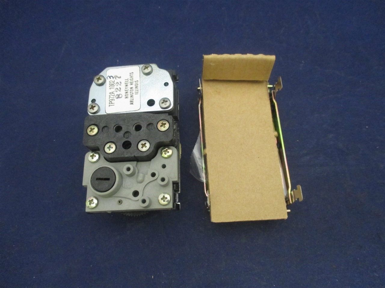 Honeywell Tp972a 1002 3 Pneumatic Thermostat New Process