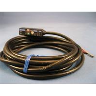 Keyence Built-in Amplifier Photoelectric Sensor PZ-101 new