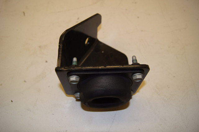 03 Chevy Kodiak Body To Frame Mount 15758759