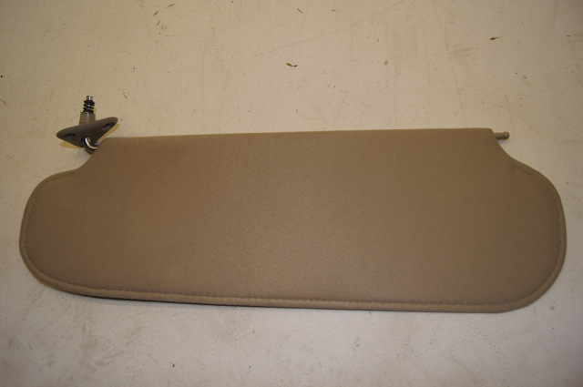 2008 Chevy Kodiak Sunvisor Rh Tan 25931782