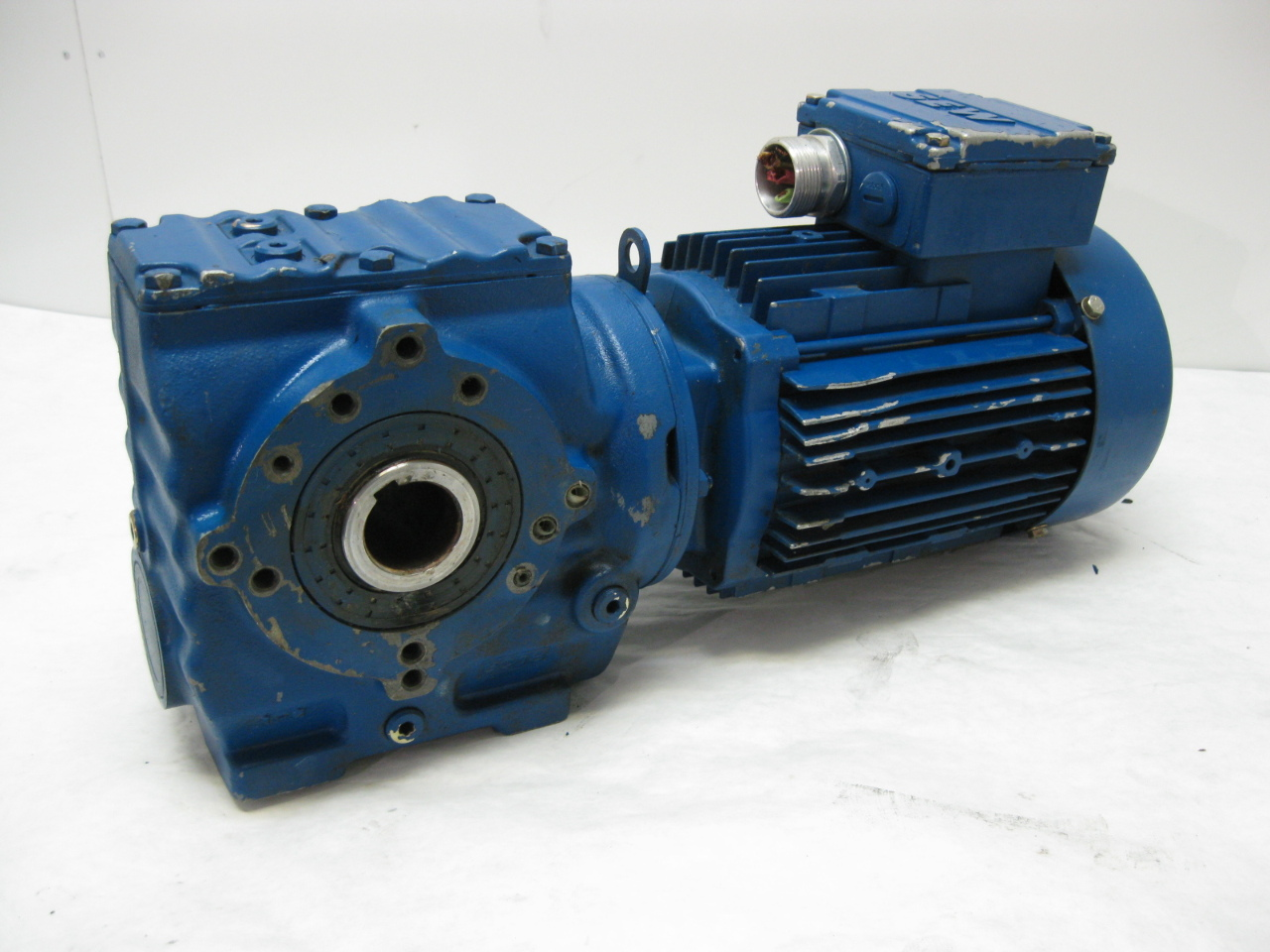 sew eurodrive sa47 dt80k4 hollow shaft kw gear motor