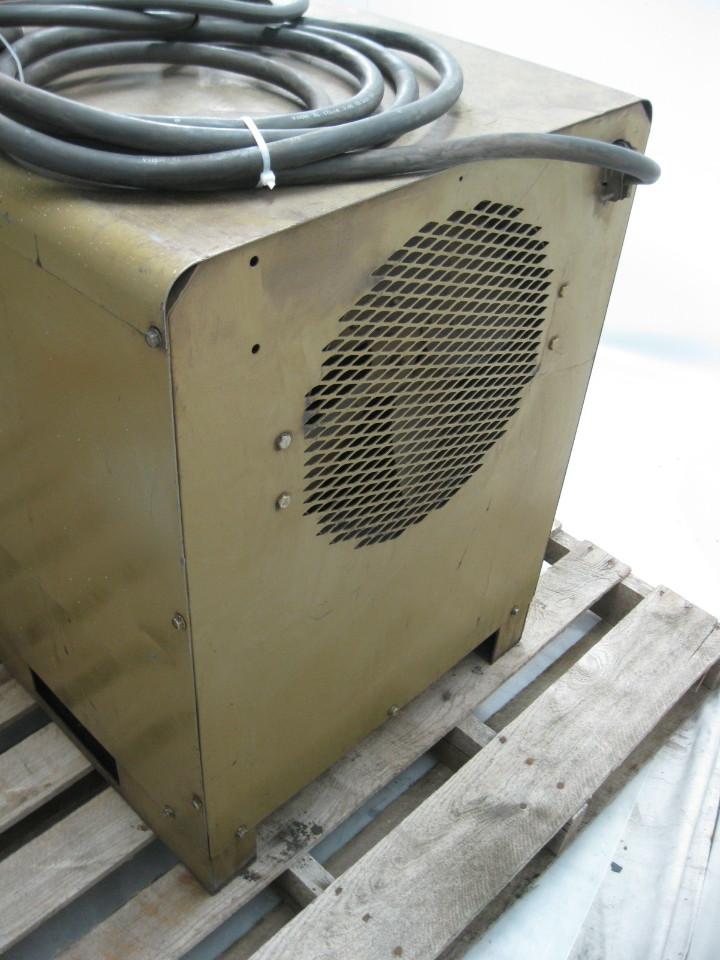 Hobart Tr Dc Welder 300 Amp With Stinger  U0026 Ground