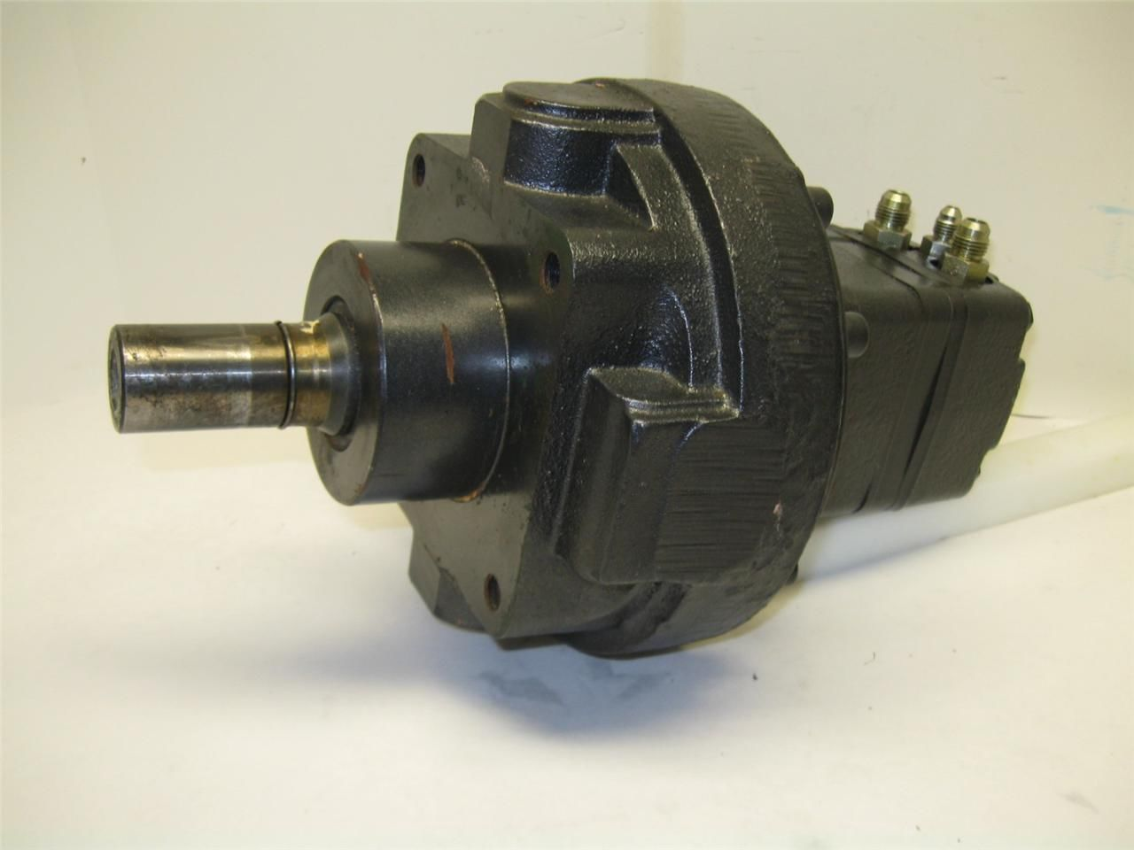 White Drive Products Hydraulic Wheel Motor