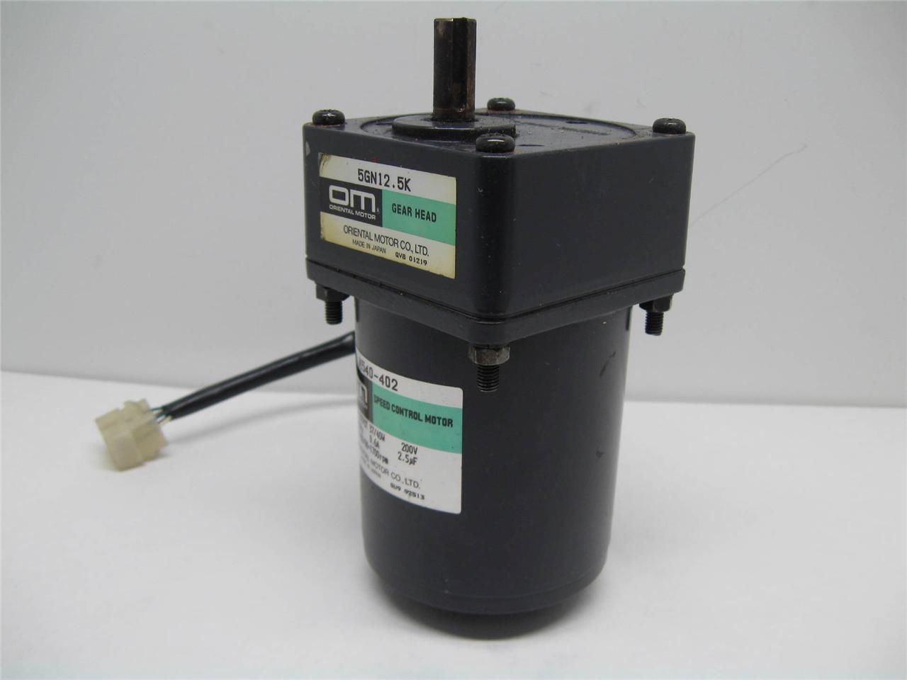 Oriental motor m540 402 speed control motor w 5gn12 5k for Motor with speed control
