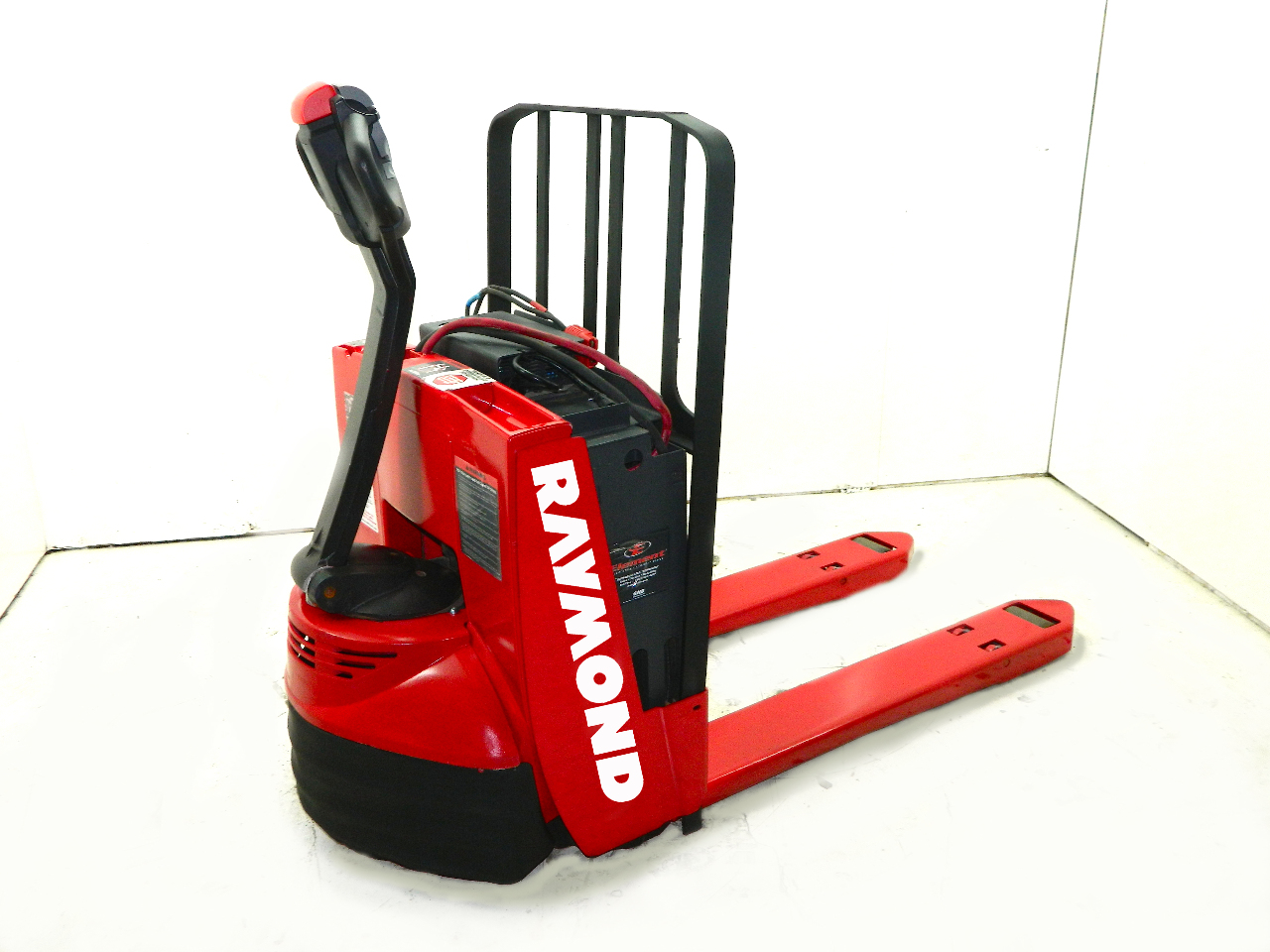 2010 Raymond 102t F45l Electric Pallet Jack 4500 Lb Capacity 24v With Charger Ebay
