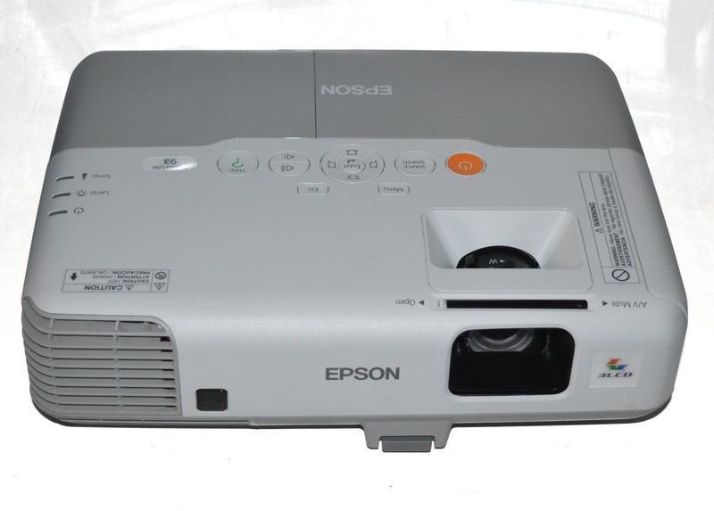 epson powerlite 93 digital xga 3lcd projector h382a hdmi 715 hours