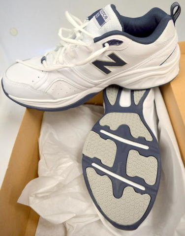 New Balance #623 White Leather - Size 10 2E, Mens Shoes. Never worn.