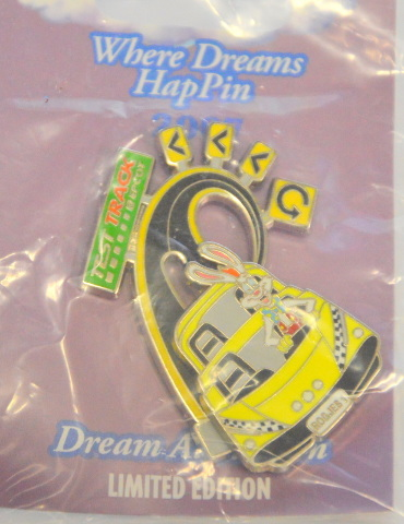 Disney Where Dreams HapPin - Roger Rabbit Race Car Test Track LE