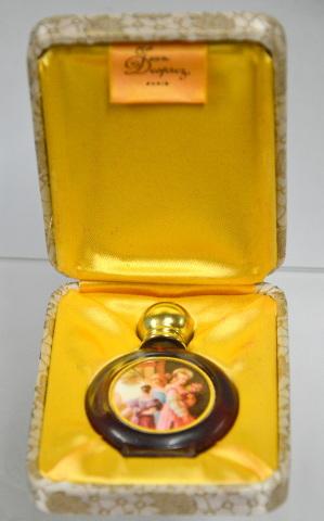 """""""La Coupe Des Sens""""  - This is a remembrance of antique smelling salts bottles."""