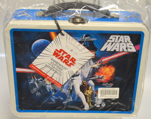 Star Wars -Limited Edition Lunch Box with Sandwich Cutters inside.