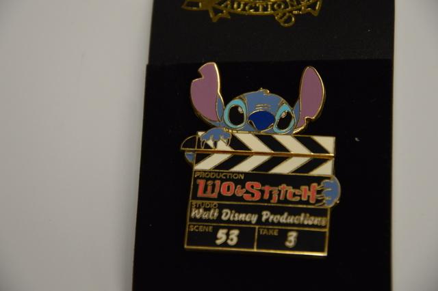 Disney Auctions Stitch Clapboard that opens LE1000 - Pin #DP00708