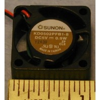 Sunon 5vdc Tiny cooling fan for laptops and hubs - KD0502PFB