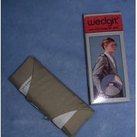WEDGET-LUGGAGE PAD